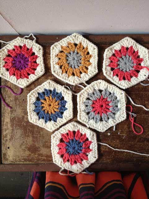 Crochet Patterns Free Hexagon : 10 minutes hexagon - Free crochet pattern