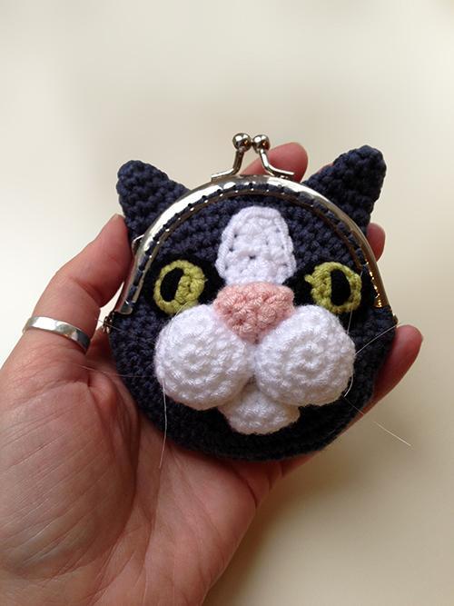 Cat Coin Purse crochet pattern - Allcrochetpatterns.net