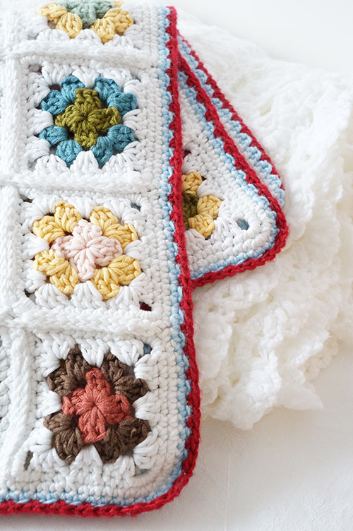 Crochet Patterns Granny Square Baby Blankets : ... > patterns > Little Doolallys patterns > Granny square baby...