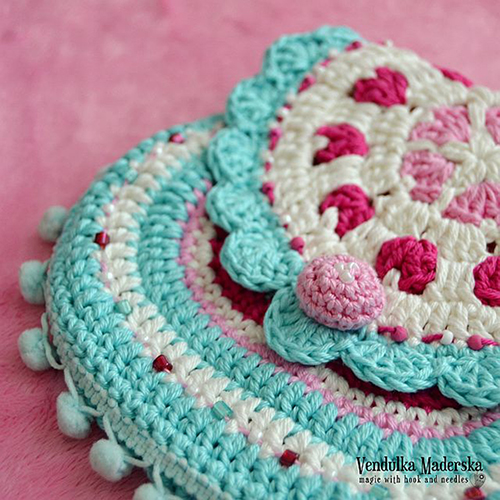 All Crochet Patterns : ... .net > patterns > VendulkaMs patterns > Hearts purse