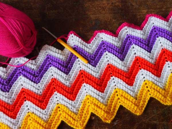 Zali Zig Zag Chevron Blanket Free Crochet Pattern