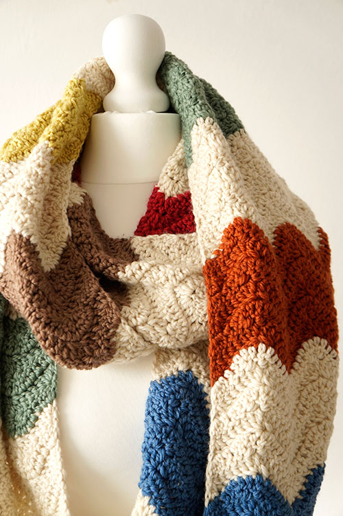 Crochet Zig Zag Scarf : ... .net > patterns > Little Doolallys patterns > Zigzag infini...