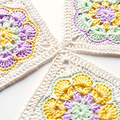 African Flower Square crochet pattern