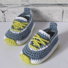 Federation runners crochet pattern by Inventorium