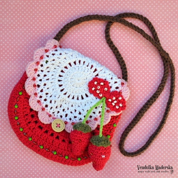 Strawberry Purse Crochet Pattern Allcrochetpatterns