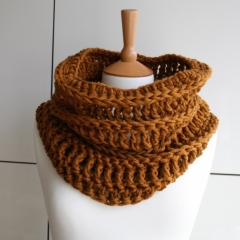 Chunky cowl crochet by Luz Patterns