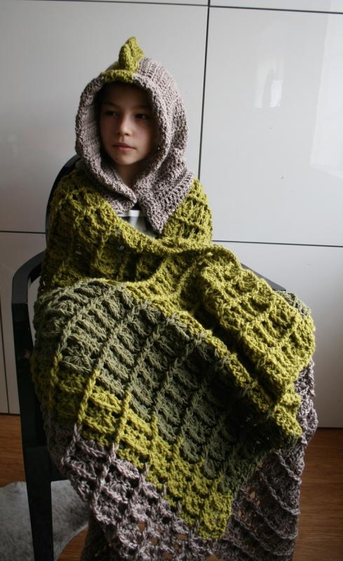 Crochet Pattern For Hooded Blanket : Dinosaur hooded blanket crochet pattern ...