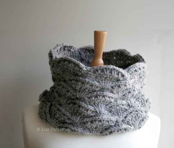 Lace Cowl Crochet Pattern Allcrochetpatterns