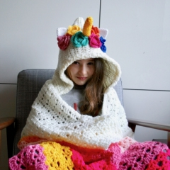 Unicorn hooded blanket crochet by Luz Patterns