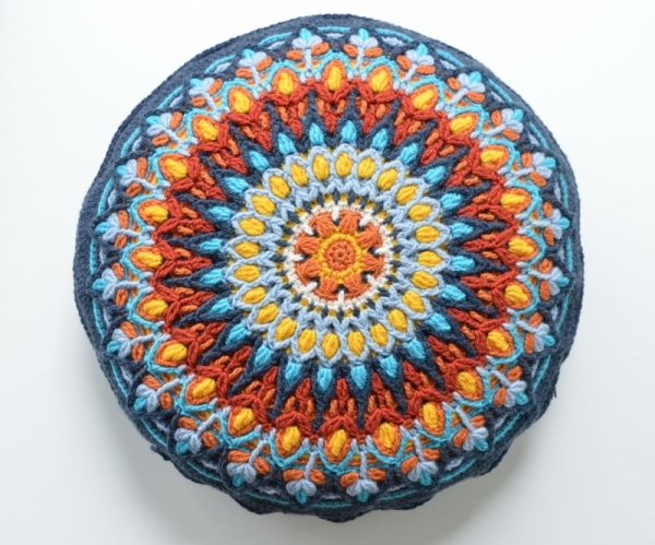 Spanish Mandala crochet pattern by Lilla Bjorn Crochet