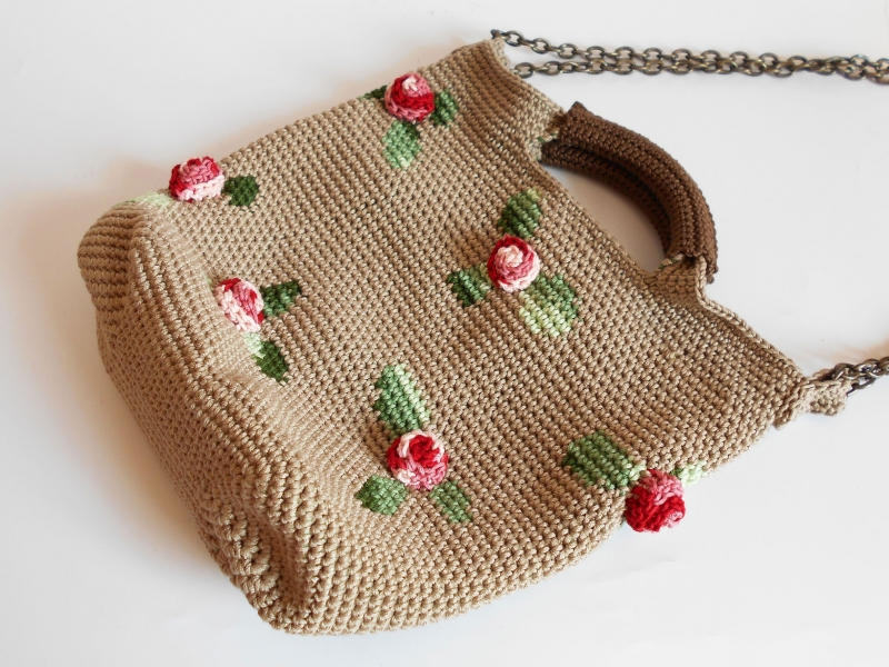 Crochet Net Bag Pattern : ... .net > patterns > Chabepatternss patterns > 3D Roses bag
