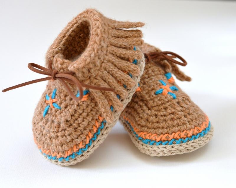 Baby Moccasin Shoes crochet pattern - Allcrochetpatterns.net
