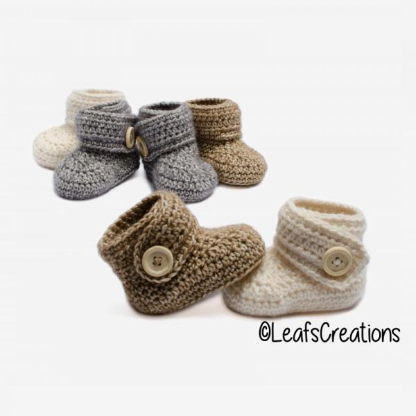 Soft baby booties crochet pattern