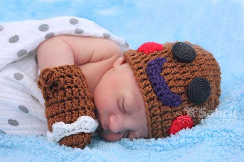 Gingerbread Man Hat Mittens Crochet Pattern Allcrochetpatterns
