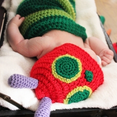 Hungry Caterpillar Hat and Cocoon crochet pattern by eye for cuteness