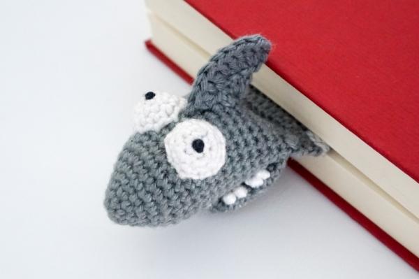 FREE Crochet Shark Pattern | Crocheted shark pattern, Crochet ... | 399x600