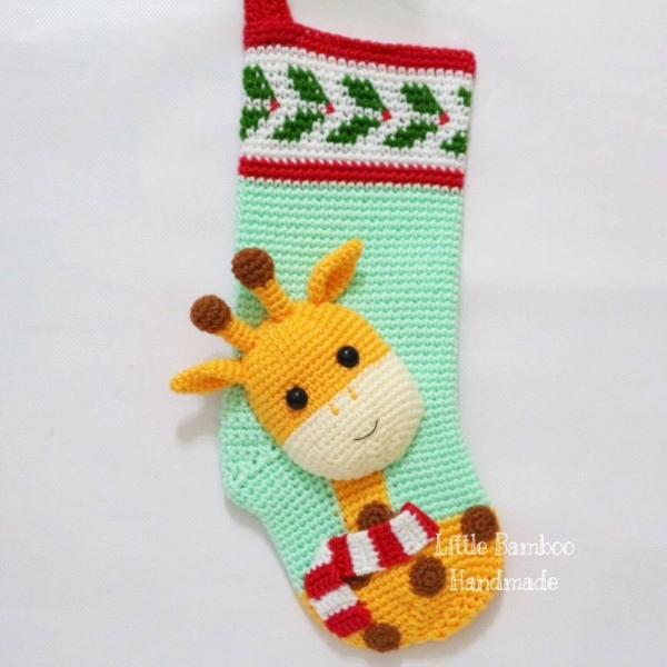 Giraffe Christmas Stocking crochet pattern - Allcrochetpatterns.net