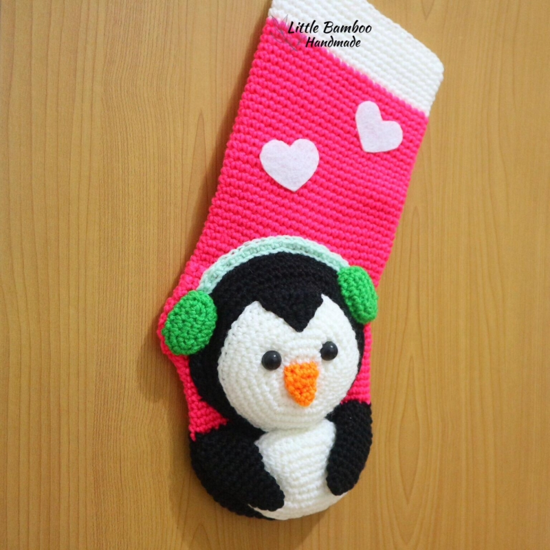 penguin christmas stocking crochet pattern by little bamboo handmade