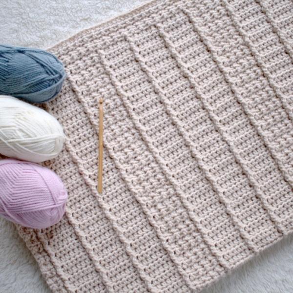January Snuggles Baby Blanket crochet pattern - Allcrochetpatterns.net