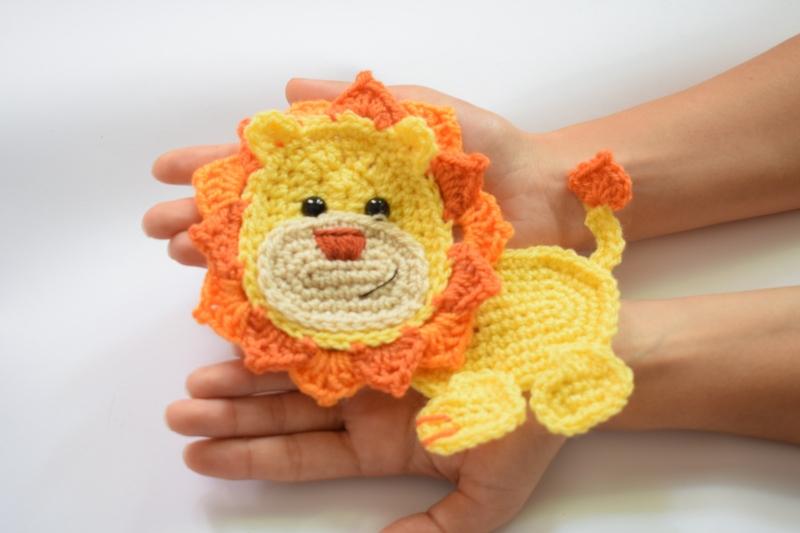 Jungle series animal applique blanket crochet pattern