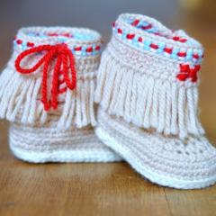 Baby Moccasin Fringe Booties crochet by Matilda's Meadow