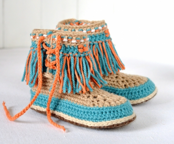 Baby Booties Free Crochet Pattern Moccasins : Moccasin Fringe Booties Children sizes crochet pattern ...