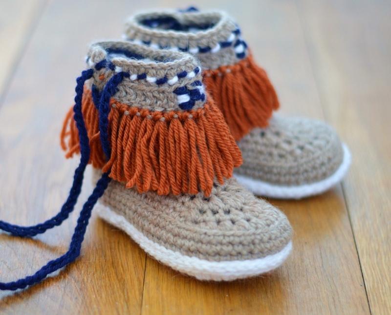 Crochet Pattern Beaded Baby Shoes : Moccasin Fringe Booties Children sizes crochet pattern ...