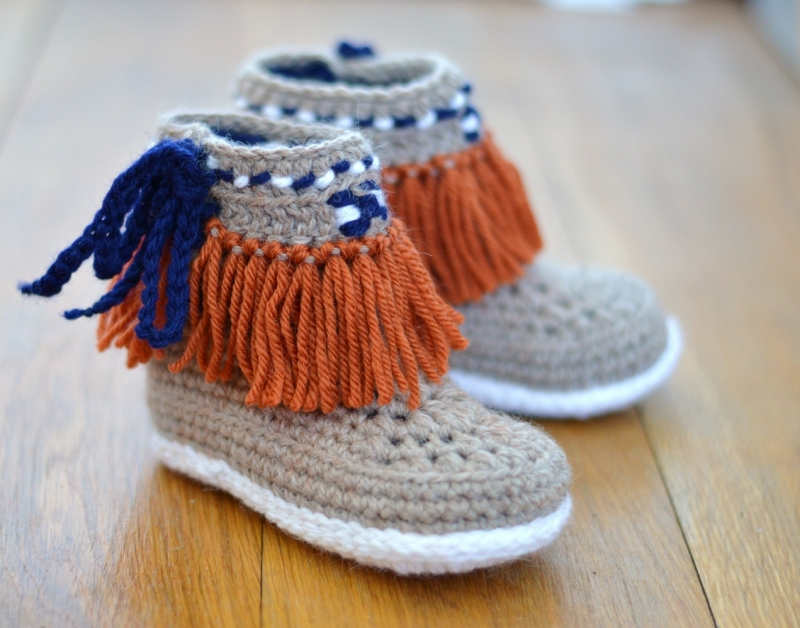Moccasin Fringe Booties Children Sizes Crochet Pattern