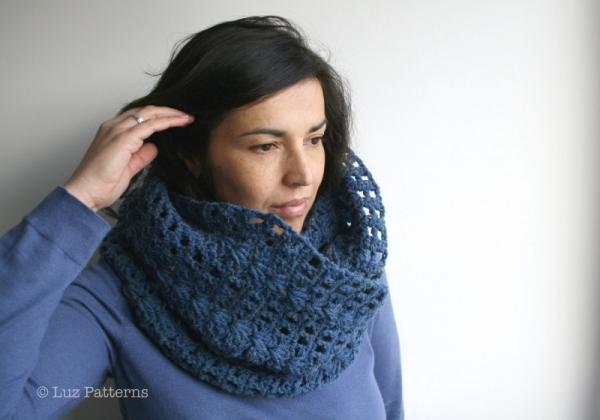 Navy Blue Lace Cowl Crochet Pattern Allcrochetpatterns