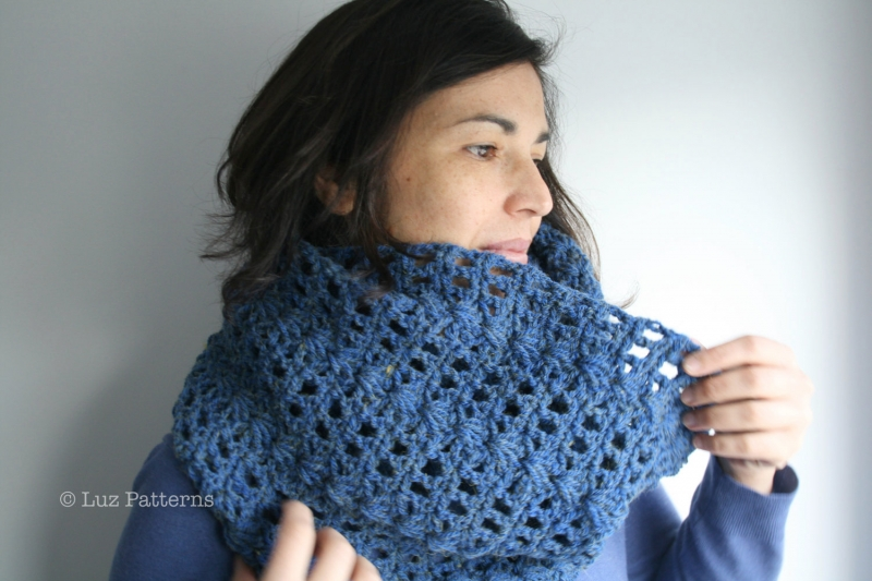 Navy Blue Lace Cowl Crochet Pattern Allcrochetpatterns