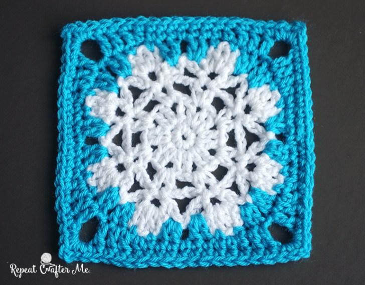 Snowflake Square - Free crochet pattern