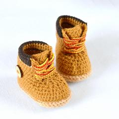 Timberland style baby booties crochet pattern by Matilda's Meadow