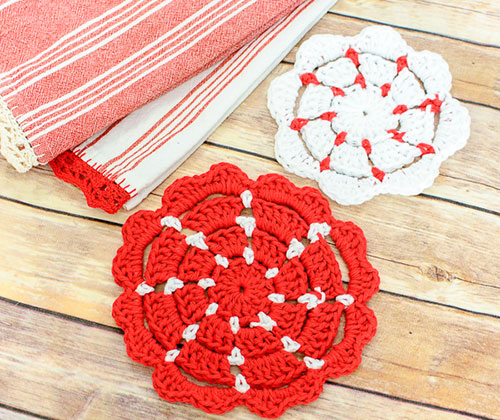 Crocheting Pot Holders : Classic pot holders - Free crochet pattern
