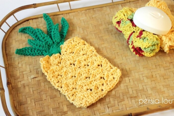 pineapple washcloth and applique