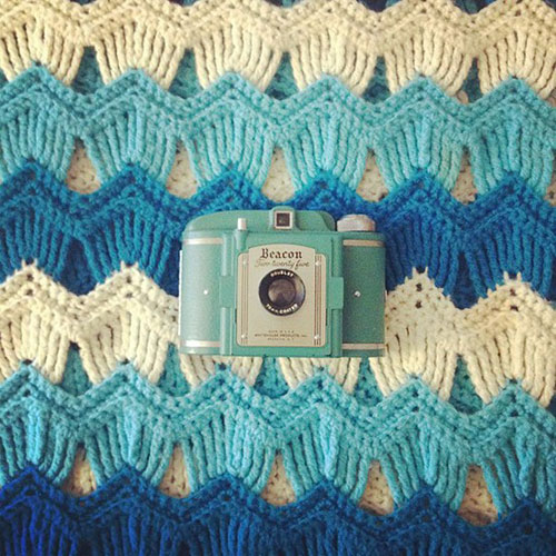 Vintage waves afghan - Free crochet pattern